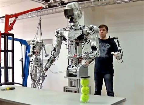 Russian Military Developing Humanoid Robot To Tackle