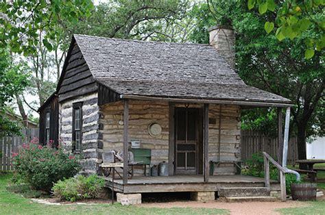 cabins    great country handmade houses  noah bradley