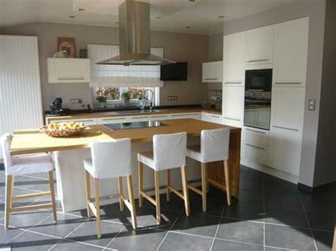 modele de cuisine moderne avec ilot impressionnant cuisine avec ilot central avec cuisine