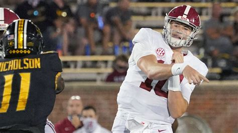 AP Top 25 Released Sunday - Sports Illustrated