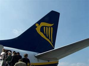 Seat Beauvais : review of ryanair flight from krak w to beauvais in economy ~ Gottalentnigeria.com Avis de Voitures
