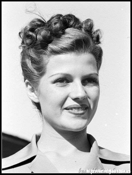 1940s Hairstyles Updo by Best 25 1940s Hairstyles Ideas Only On Retro
