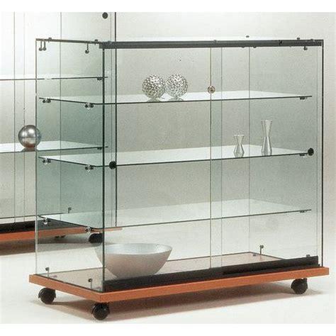 illuminazione vetrina vetrina easy e146 con illuminazione manutan italia