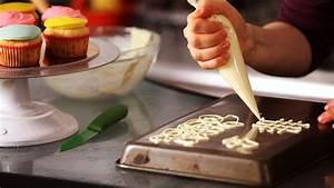 How to Make White Chocolate Decorations Cake Decorating