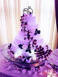 Chocolate covered strawberry wedding cake! @North Ritz ...
