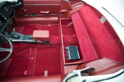 Jaguar E-type Siii Rds Red Interior