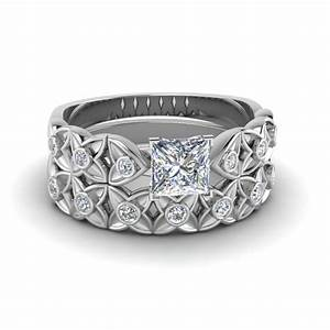 princess cut floral bezel set diamond wedding ring set in With floral wedding ring set