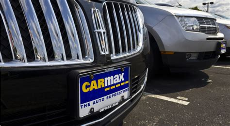 carmax  stock offers investors short term risk