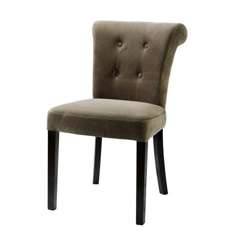 chaise capitonnee chaise capitonnée en velours et bois taupe boudoir