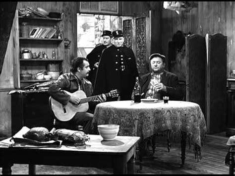 chanson porte des lilas musique georges brassens acteur dans quot porte des lilas quot la v 233 rit 233 d 233 pit 233 e