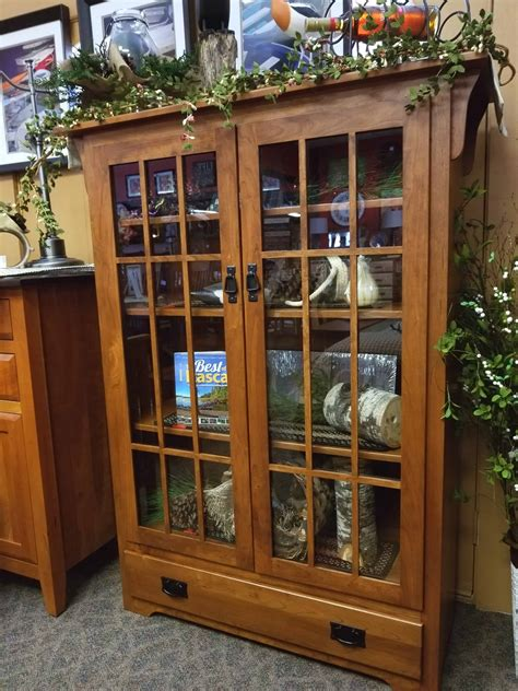 Mission Bookcase Glass Doors by Mission Bookcase W Mullen Glass Doors And 2 Bottom