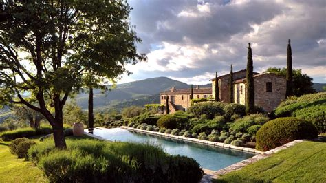 Castello Di Reschio Estate In Umbria Idesignarch