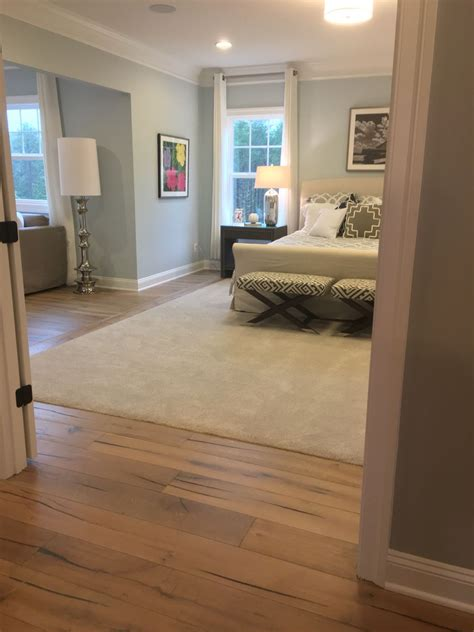 Bedroom Carpet Vs Hardwood by Carpet Inlay In Master Bedroom Home