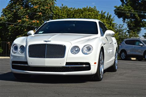 White Bentley Cars by Bentley Flying Spur Pearl White Cars Uniq Los