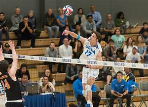 Men's volleyball defeats Princeton, ties school record ...