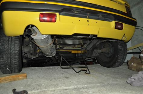 pot d echappement 205 planete 205 cabriolet 205 jaune 234 t 1994 export 1 232 re sortie le parking 224 205 page 9