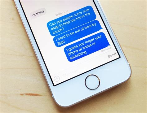 iphone turns on by itself imessage issues on iphone 5