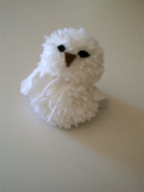 pom pom owl     bird plushie yarn craft