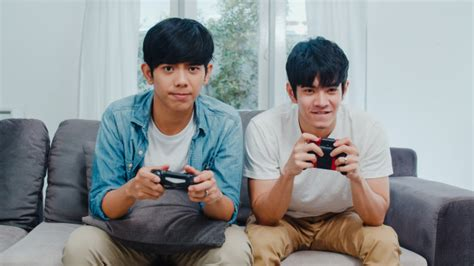 Free Photo Young Asian Gay Couple Play Games At Home