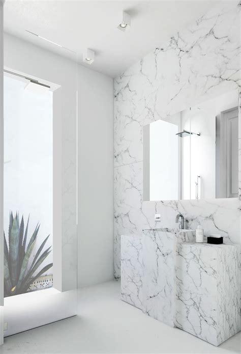 in wall l de mooiste inspiratie voor een marmeren badkamer roomed