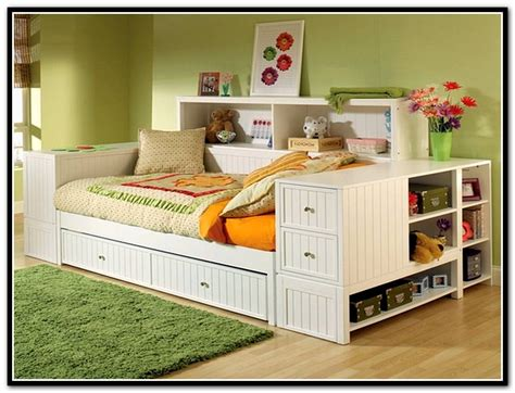 Daybed With Bookcase And Trundle by 58 Daybed With Trundle And Bookcase Bookcase Daybed