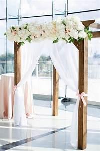 Arche En Bois Bebe : 1001 id es pour une arche de mariage romantique et l gante ~ Teatrodelosmanantiales.com Idées de Décoration