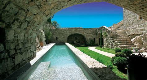 piscine en couloir le succ 232 s des bassins de nage