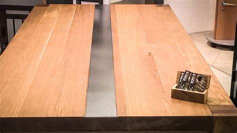 arredo in legno realizzazione tavoli su misura in legno bergamo