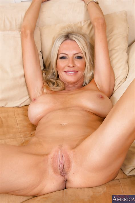 Hot naked blonde milf porn pics - Blonde - Photo XXX