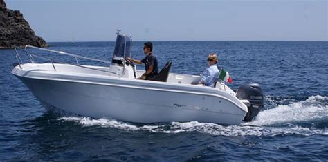 Small Boat For Rent by Small Boat Daily Rentals