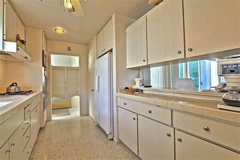 terrazzo kitchen floor 1965 palm springs a quincy jones time capsule condo 2702