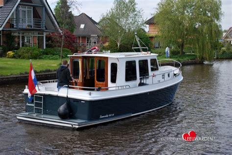 Vaarbewijs Leeuwarden by Yachtcharter Leeuwarden Klassieke Motorjachten Te Huur