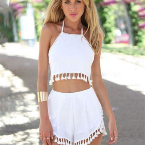 45 Cute as hell crop top outfits for girls - Her Canvas