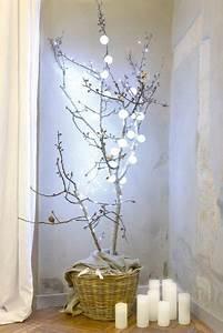 Branche De Bois Deco : deco noel avec des branches de bois inspiration photos c t maison ~ Teatrodelosmanantiales.com Idées de Décoration