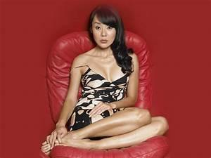 Yunjin Kim Profile - KPop Music