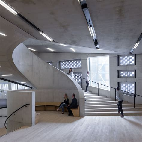 getting to the tate modern tate modern switch house by herzog de meuron opens in idaaf