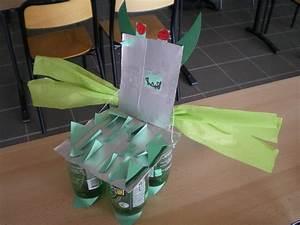 Petite Chaise En Plastique : la chaise oeuvre le blog des ulis ~ Teatrodelosmanantiales.com Idées de Décoration