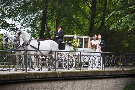 Englischer Garten Kutschfahrt by Stilvolle Hochzeitslocation Im Herzen M 252 Nchens Weddix