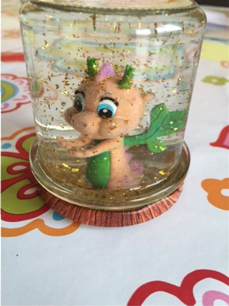 schneekugeln selber basteln wir basteln eine magische glitzerkugel glitzerglas diy piratenprinzessin
