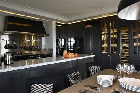cuisine de chefs une cuisine de chef réalisée dans un espace invitant au