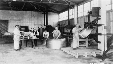 industrial asbestos workers  poor ventilation systems