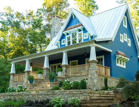 hgtv ideas magazine the idea house a craftsman style cottage in