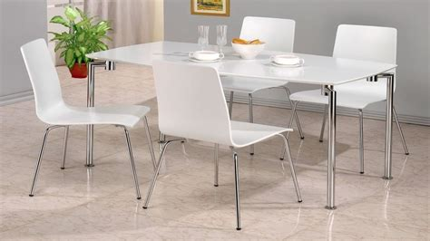 White Dining Table And Chairs by White High Gloss Dining Table And 4 Chairs Homegenies