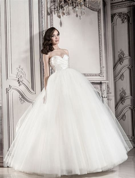 Pnina Tornai for Kleinfeld , Wedding Dresses Photos by
