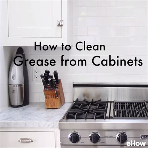 easy way to clean kitchen cabinets easy to make kitchen cabinet cleaner 9640