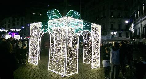 Illuminazione Napoli by Illuminazione Per Eventi Napoli Impianti Sonori E