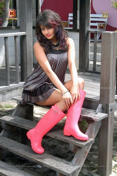 Hotphotos South Indian Actress Hotindian Actress Hotnamitha Hot Picsnayanatar Hot Pics