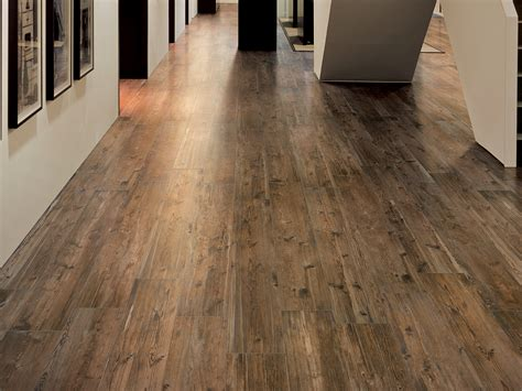 porcelain stoneware flooring with wood effect larix by