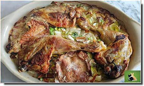 recette de poulet entour 233 de l 233 gumes couronn 233 par un mont d or fondu