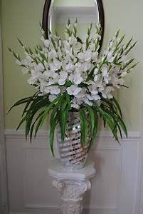 Christmas Holiday Ideas SNOW WHITE SILK GLADIOLUS